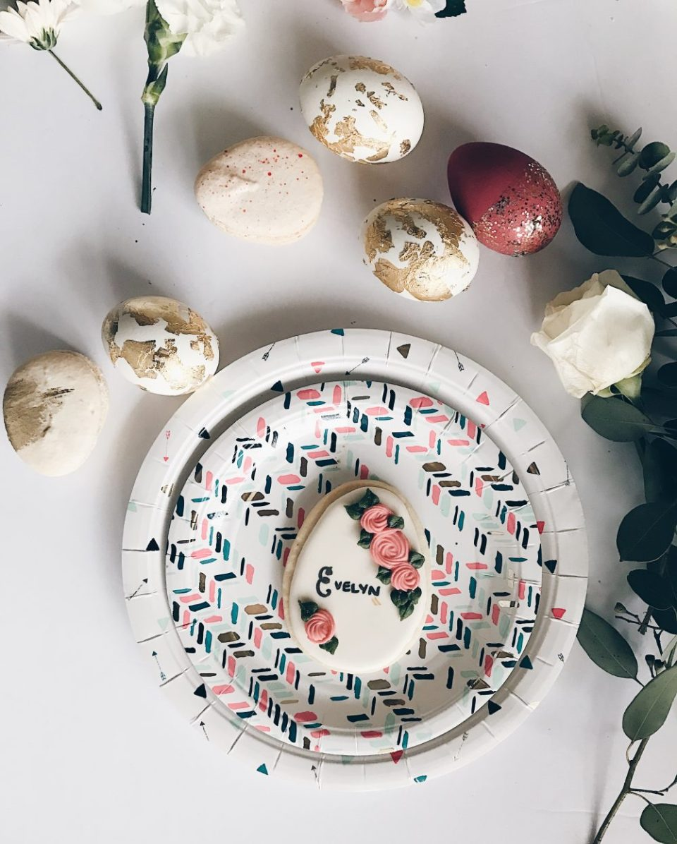 DIY Gold Foil Easter Eggs   Simple DIY