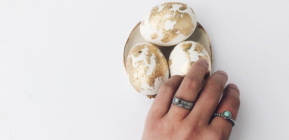 DIY Gold Foil Easter Eggs | Simple DIY