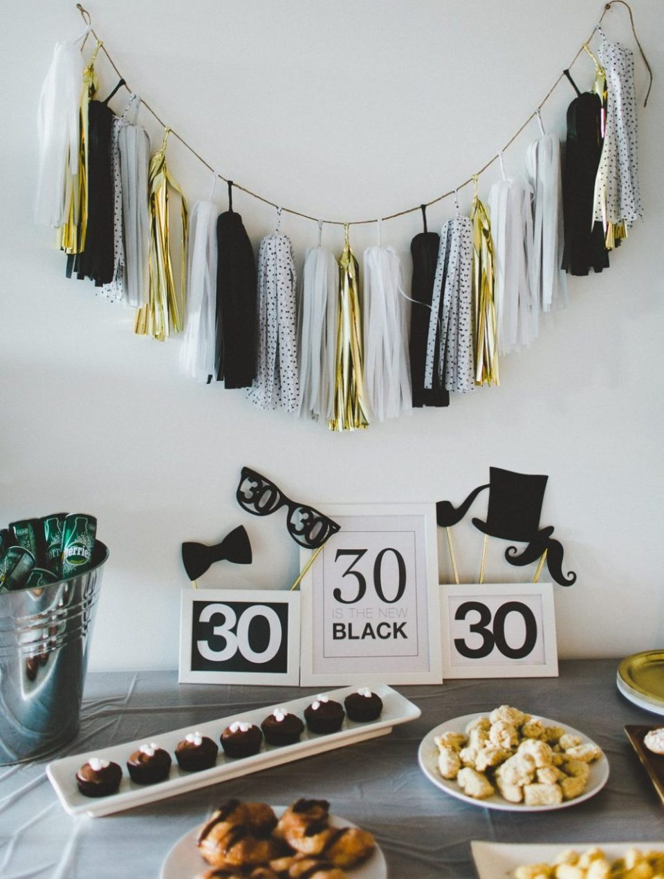 "Thirtieth Birthday Party Free Printable | ""Thirty is the New Black"" 
