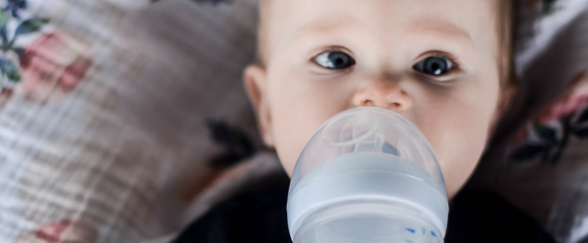 5 Tips for Indroducing Bottles to Babies