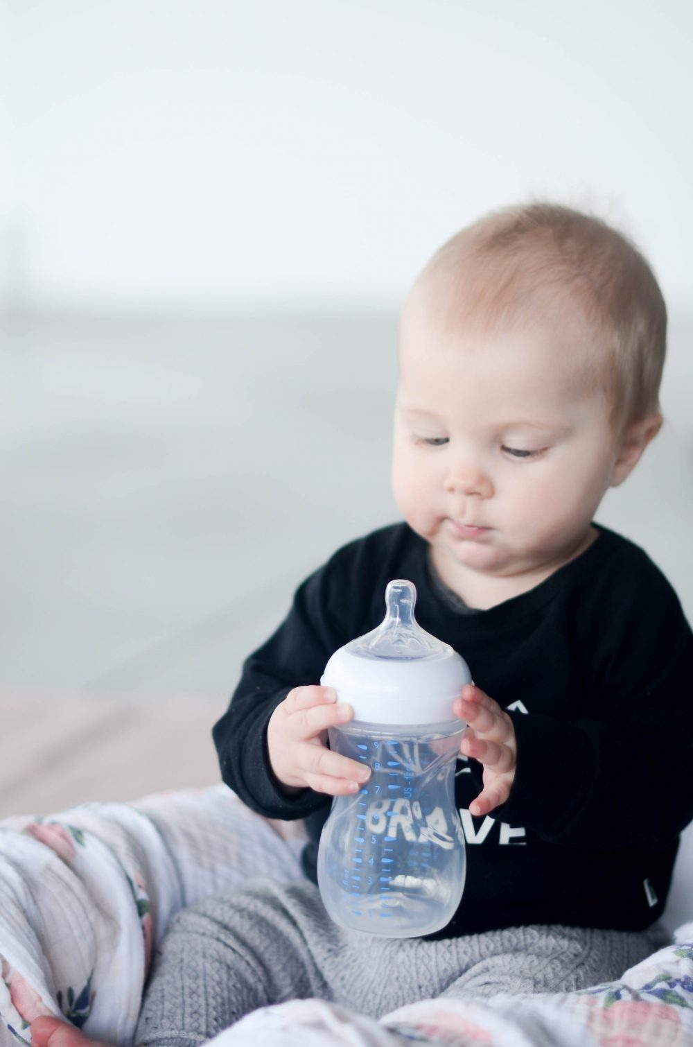 5 Tips for Introducing Bottles to Babies
