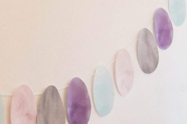 Watercolour Easter Egg Garland Free Printable