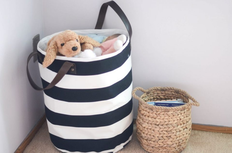 Black and White Storage Tote in Geo Floral Themed Big Girl Bedroom