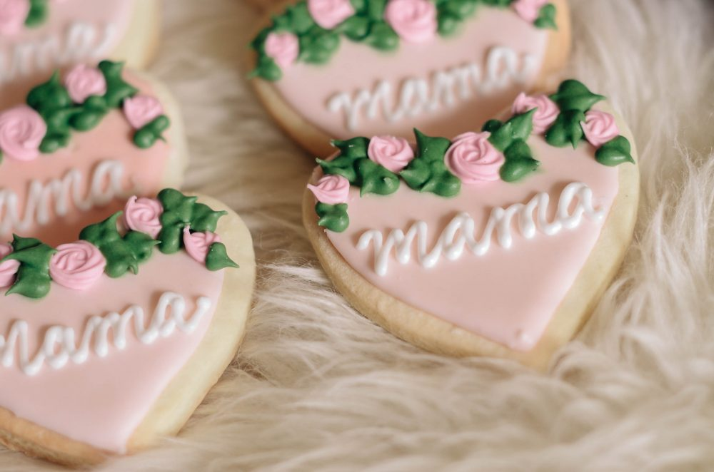 Mother's Day Gift Box Idea | Flower Crown and Mama Sugar Cookie