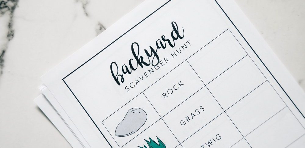 Backyard Scavenger Hunt Free Printable | Perfect for birthday partys, events or everyday.