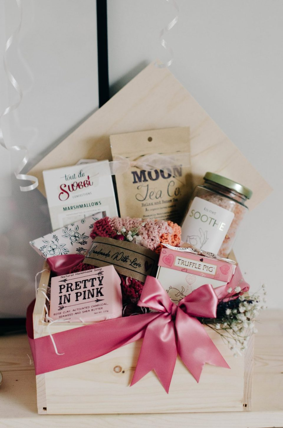 Pacific Basket Valentine's Gift Box | Valentine's Themed Gift Ideas
