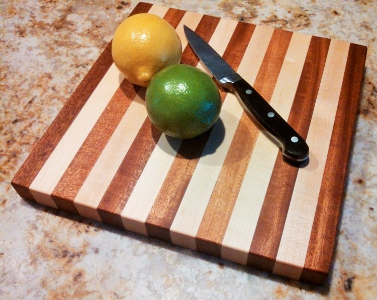 Square Cutting Board in Mahogany - Maple