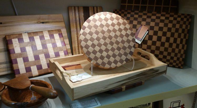 Creative-Woodworking-Big-Paws