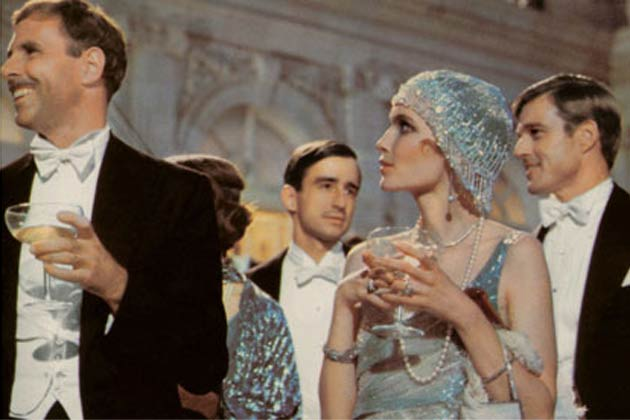 Flashback Stills from 'The Great Gatsby' movie of 1974-raag-fm (8)