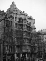 gaudi building 3
