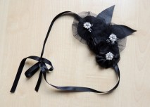 1920s style headpiece in black fabric