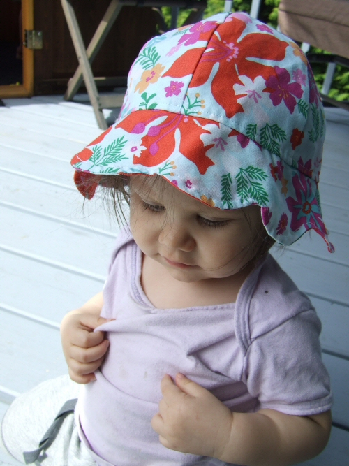 Nana Browns sun hat circa 2010