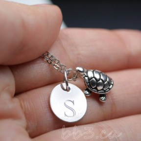 How cute is this little pewter turtle paired with the sterling silver engraving blank