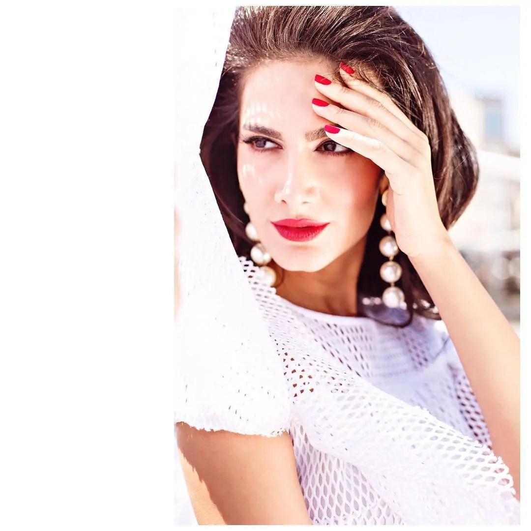 Fashion Influencer ruyabuyuktetic wish erdensoy creatorden (2)