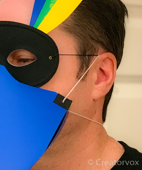 how to fit eye mask and beak together