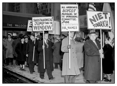 protestors at waldorf astoria xb