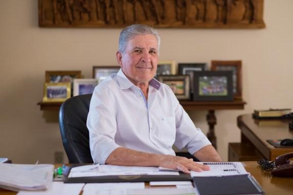 Participação - Adalberto José Queiroz