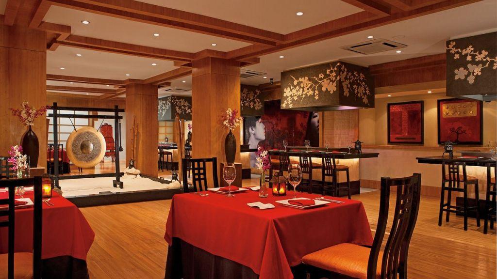 Secrets Capri Review - Himitsu Restaurant