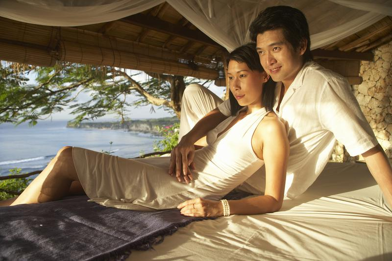 Expedia credit card earns rewards towards free vacation travel.