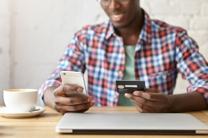 Comparing the Best Credit Cards for Young Adults to Build Credit