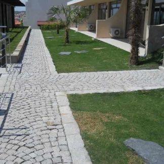 Piatra Cubica Granit Gri Sare si Piper Natur 10 x 10 x 10cm