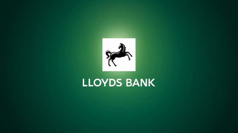 Lloyds Reduces Interest-Free Credit Card Terms