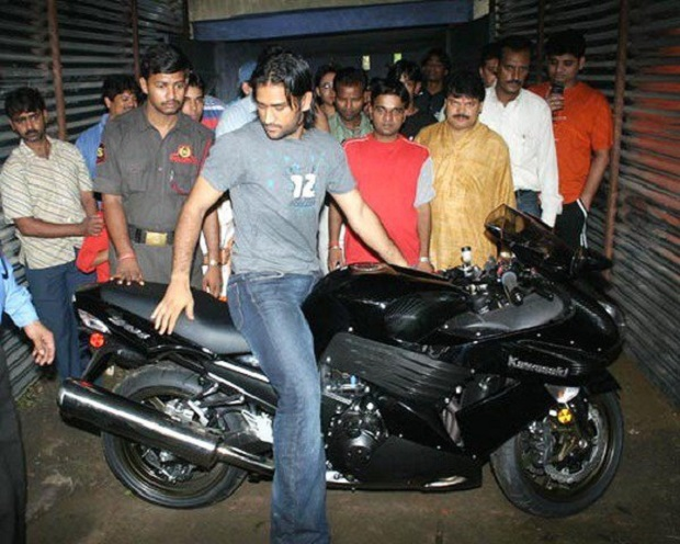10 Unseen Pictures Of M.S. Dhoni's Bikes Which You Just Can't Afford To Miss 2