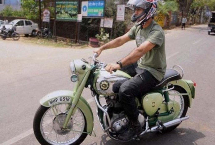 10 Unseen Pictures Of M.S. Dhoni's Bikes Which You Just Can't Afford To Miss 5