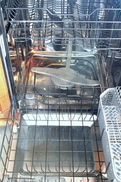 Keep your dishwasher clean and running smoothly by spending just a few minutes maintaining it each month!