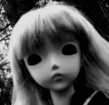 CreepyDoll4d8d1b1372e92t