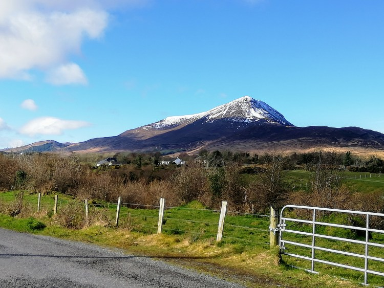 snow top muckish mountain