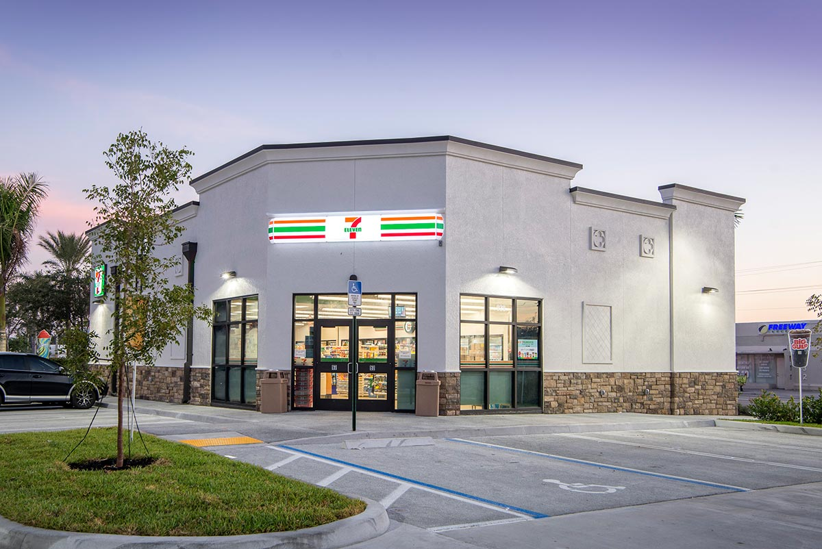 Creighton Construction Amp Development Completes 7 Eleven Store In Lake Worth Florida