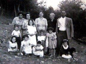 de Agripa. Águeda, Rosario, Concha, Agripa Justo y niños.
