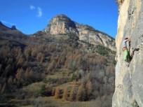 Stage autonomie dans les Hautes Alpes, initiation escalade