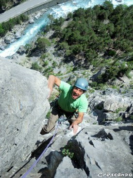 Stage escalade terrain d'aventure - Queyras calcaire grande voie