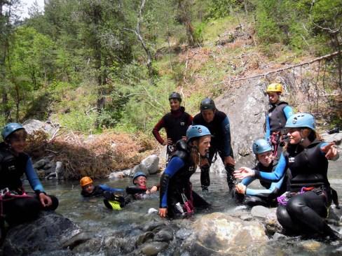 Découvrez le canyonisme avec un BE de canyon dans les Hautes Alpes (05) - Sorties enfants