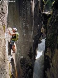 Via ferrata sortie sportive - Séjour et vacances été en montagne dans les Hautes alpes