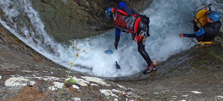 des canyons aquatiques et sportifs : Caprie et les Oules