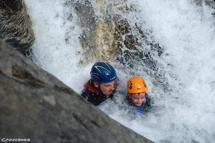White water Guillestre, canyoning instructor, whitewater activity Embrun