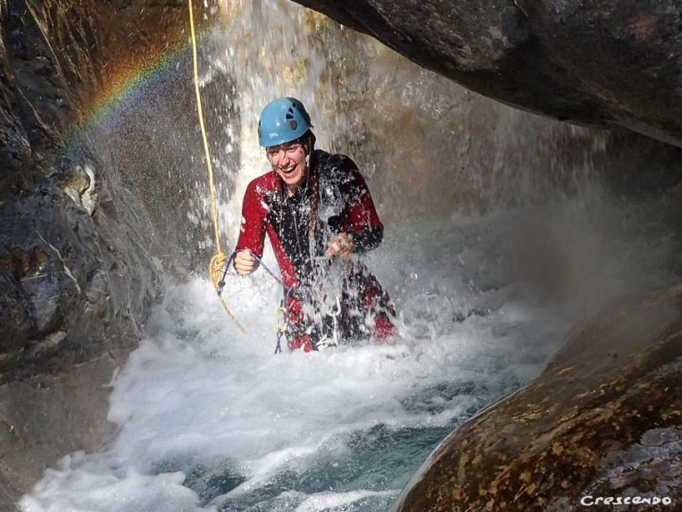 mountain guide, abseiling, white water river guide