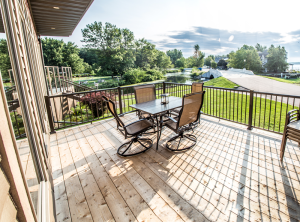 Okoboji Vacation Rental Patio and Resort
