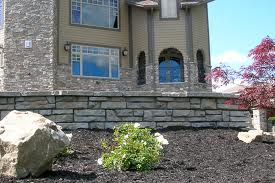 Beautiful Retaining Wall in Front Yard