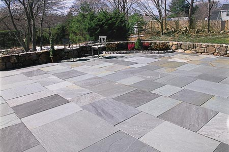 Backyard Flagstone Patio in Oakton, VA