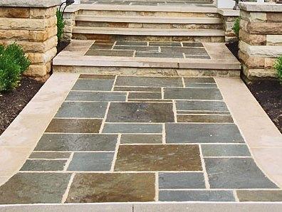 Pinnacle Variegated Bluestone Walkway
