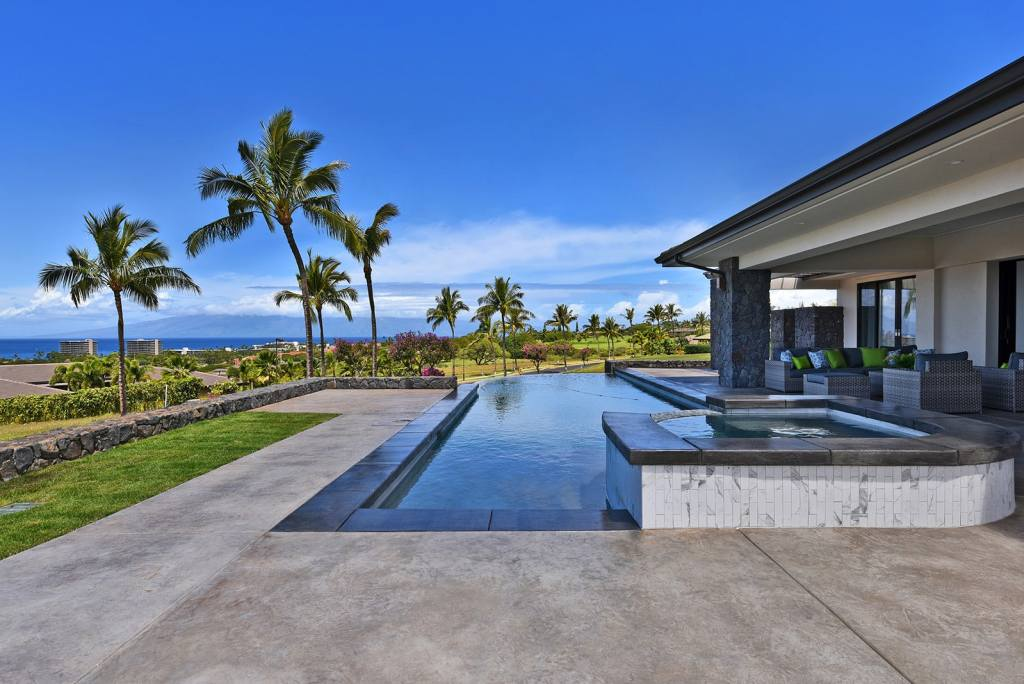 Crescent Homes Maui, general contractor, and a recent home completed with infinity pool on Maui.