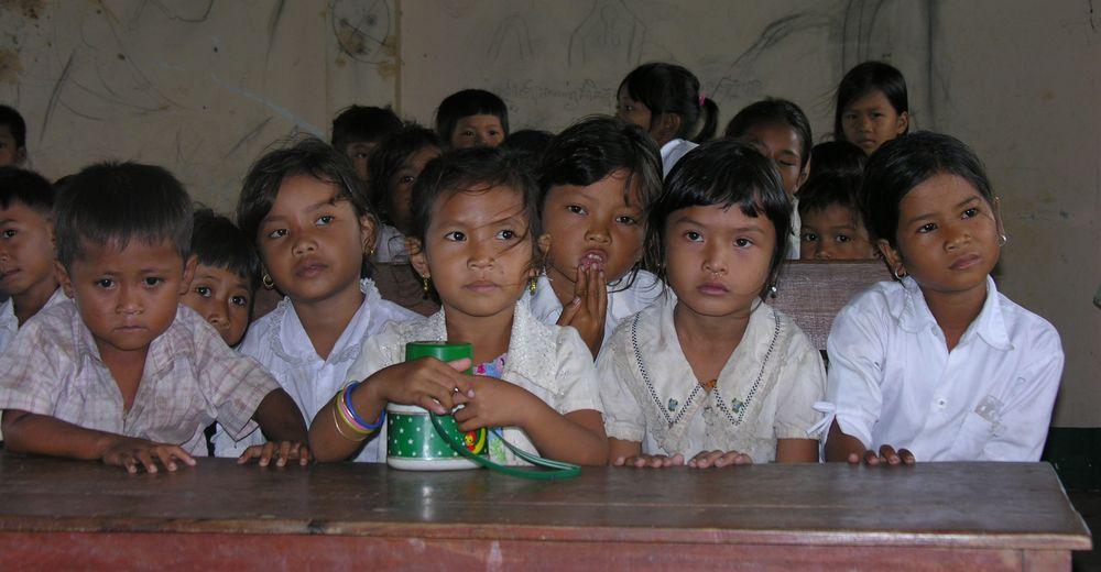 cambogia aids village