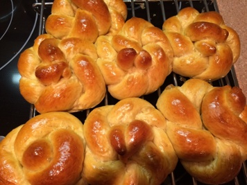 Dinner Rolls by Crest Consulting