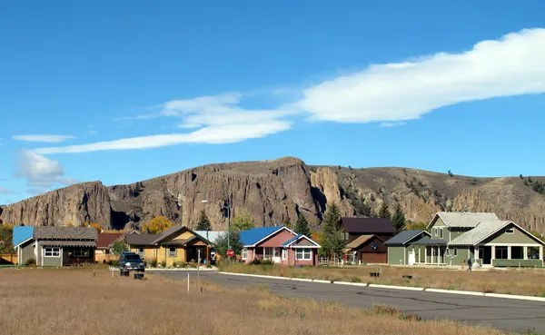 van tuyl viallge and palisades in gunnison colorado