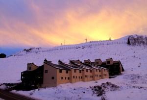 mountain sunrise condominiums crested butte co