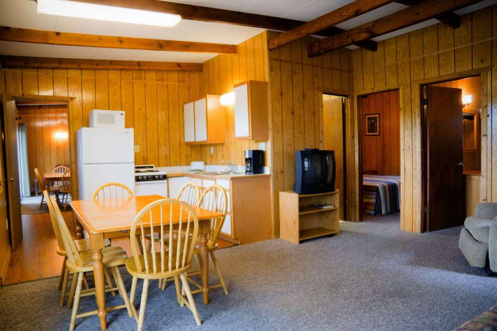 cabin 6 crest lodge resort Table Rock Lake